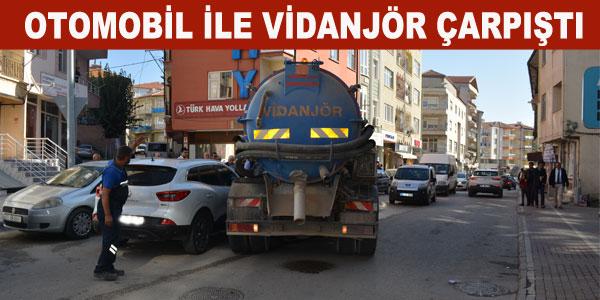 Ankara Caddesinde maddi hasarlı kaza