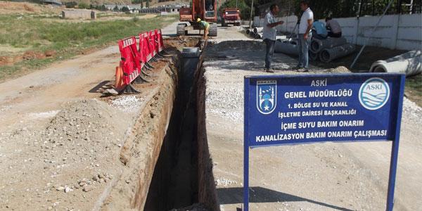 Borsa Binasının kanalizasyonu yapılıyor