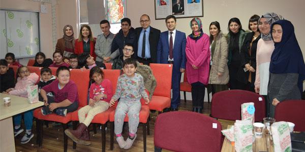 MEM'den engelli öğrencilere ziyaret