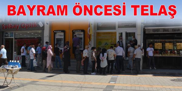 PTT ve bankaların önünde kuyruk